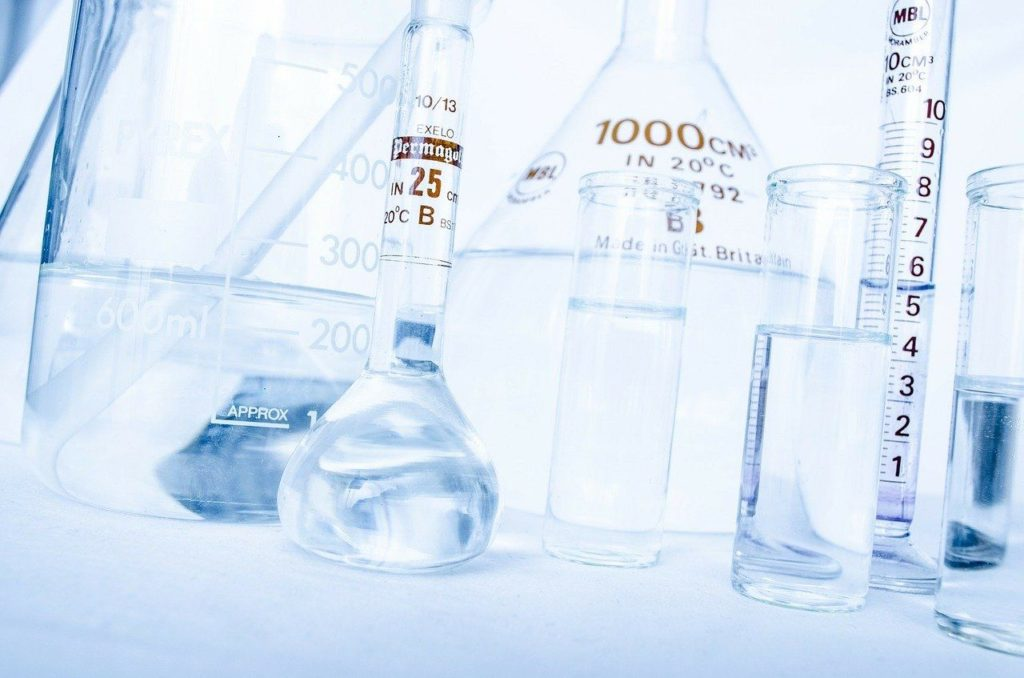 próbki w laboratorium