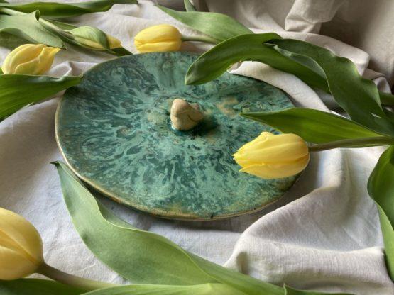 ceramiczny talerz z zającem