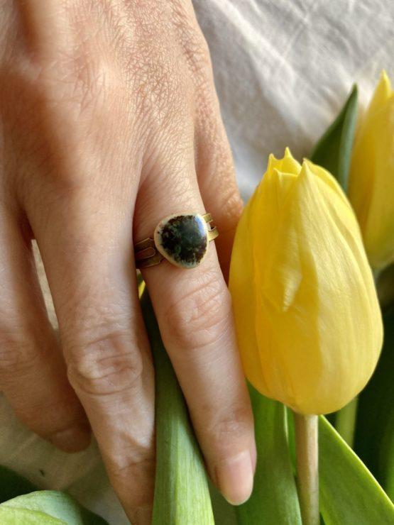 pierścionek ceramiczny