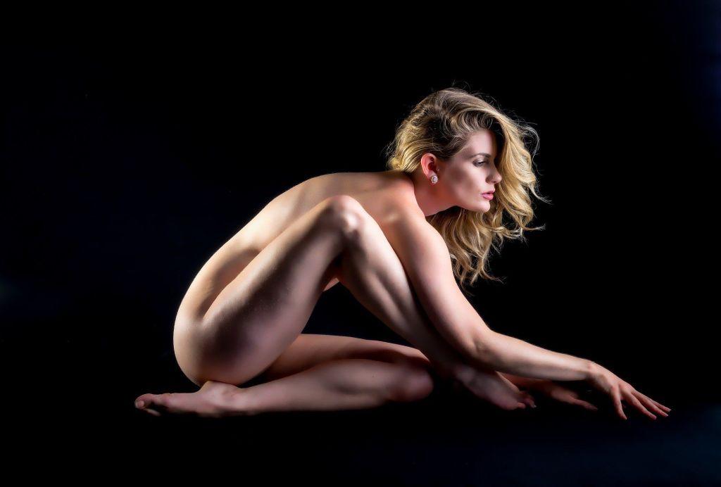 naga kobieta bez cellulitu