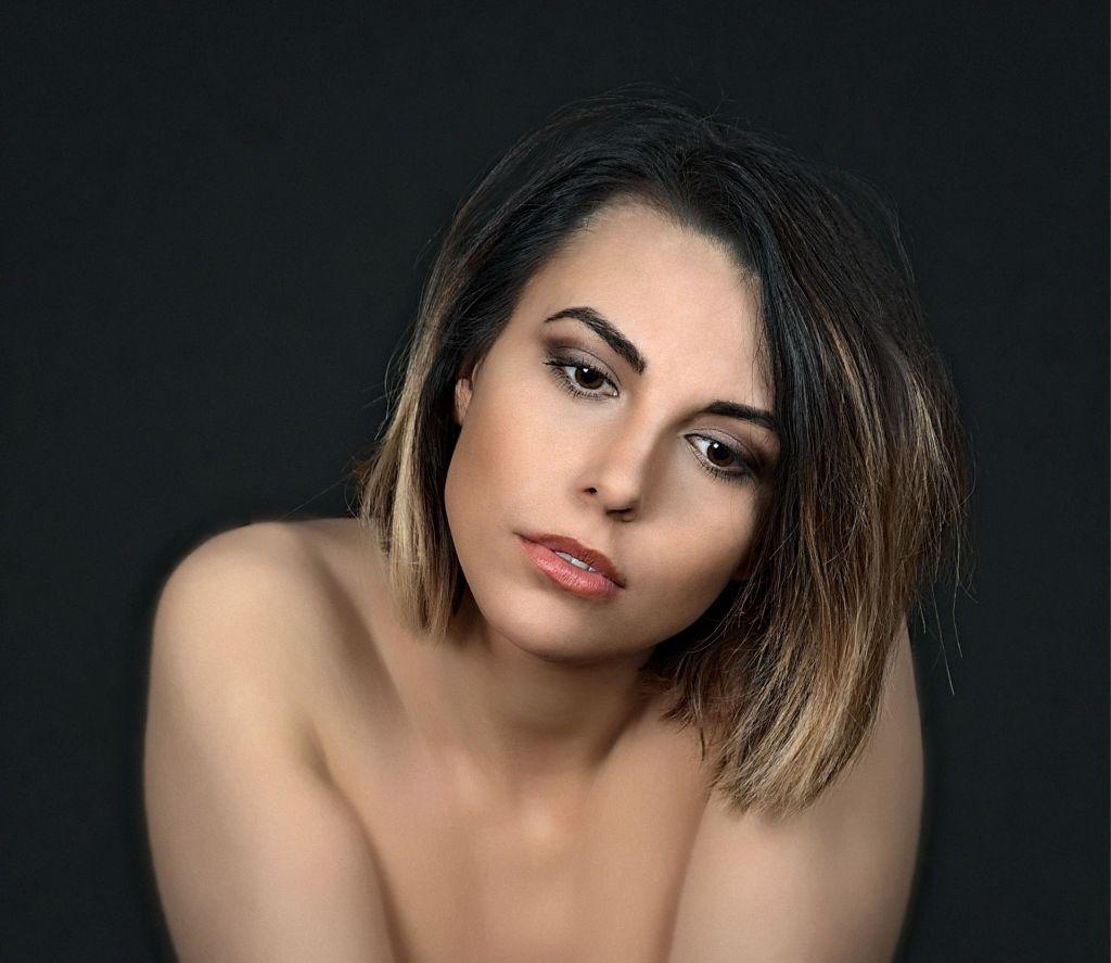 nawyki pielęgnacyjne - twarz kobiety